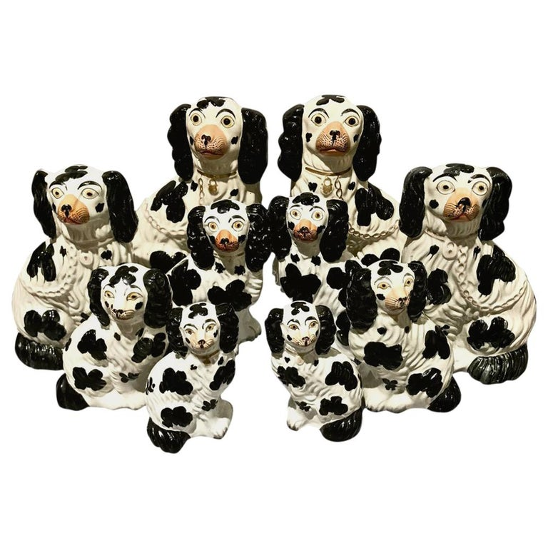 Set of 6 Pairs of Graduated Staffordshire Spaniels, circa 1850 For Sale