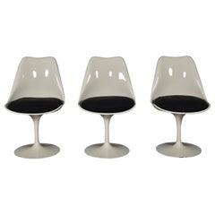 Three Eero Saarinen for Knoll Tulip Chairs, circa 1960