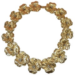 Chic Gold-Plate Flower Collar Necklace with Diamante in Coco Chanel Taste
