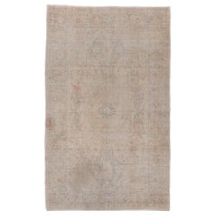 Oushak Rug with a Soft and Light Palette