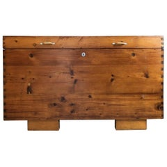1920s Farmhouse Style Chest Out of Pinewood