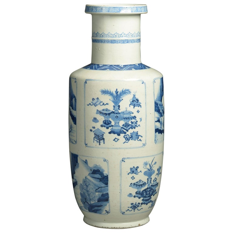 19th Century Blue and White Porcelain Rouleau Vase For Sale