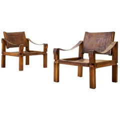 Pair of Pierre Chapo S10 Easy Chairs in Cognac Leather and Oak, France 1960s