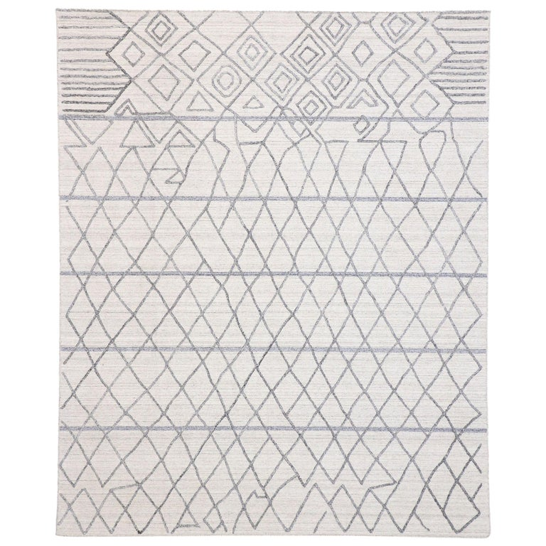 Gray Area Rug With Moroccan Style