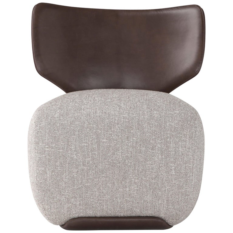 Amura 'Noa' Chair in Leather and Grey Fabric by Amura Lab For Sale