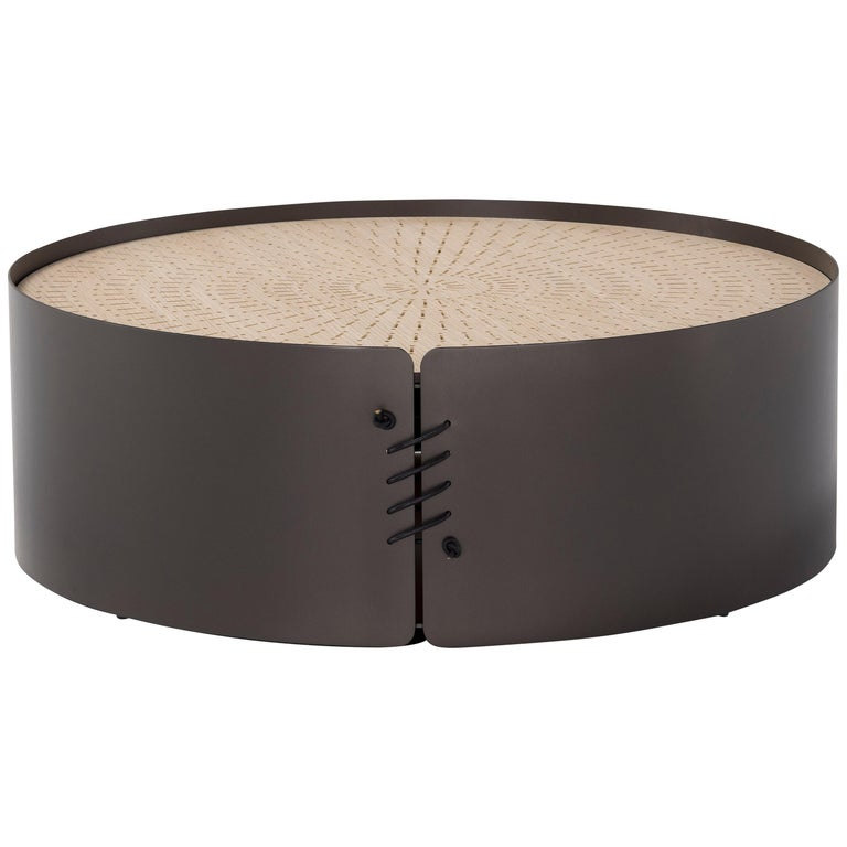 Amura 'Setacci' Coffee Table with Metal Frame and Wood Top For Sale