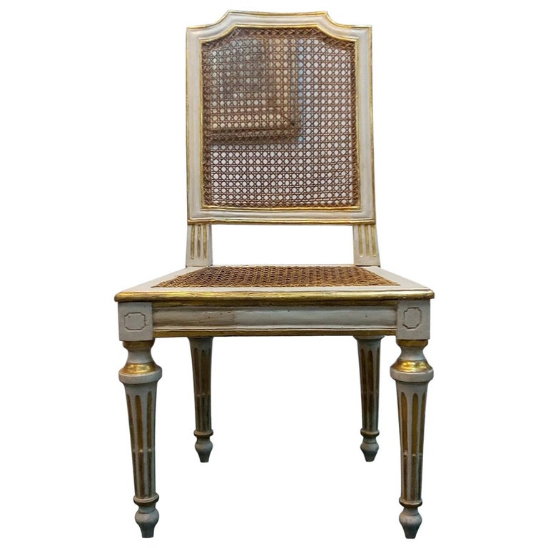 Neoclassical chair Walnut Wood Lacquered in Ivory and Gold For Sale