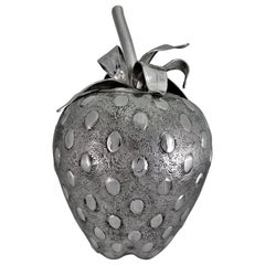 20th Century Engraved Silver Strawberry Centerpiece Cover Venice Italy, 1930s