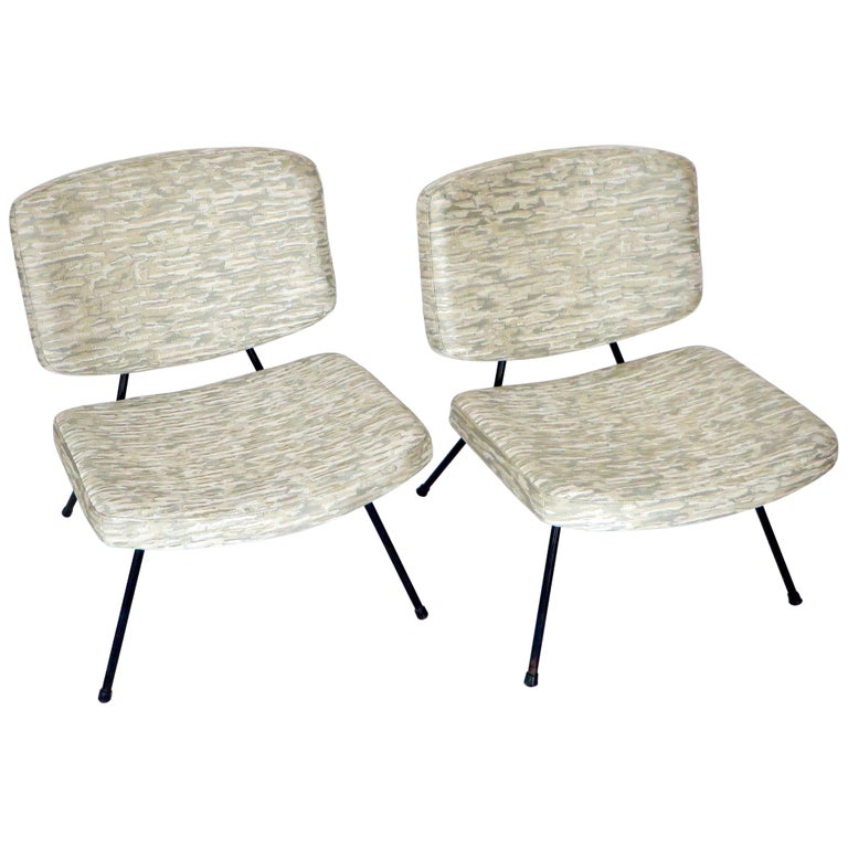 Pierre Paulin CM190 Pair of Slipper Lounge Chairs for Thonet For Sale