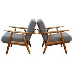 "Pair of Midcentury Hans J Wegner GE-240 ""Cigar"" Easy Chairs by GETAMA, 1950s"