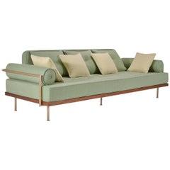 Maßgeschneiderte Sofa mit Messing und aufgearbeiteten Hartholz, von P. Tendercool
