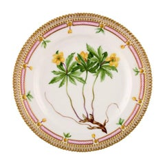 Royal Copenhagen Flora Danica Lunch Plate, Model Number 20/3550