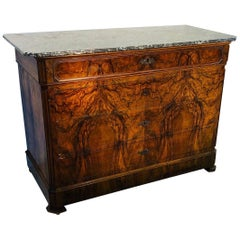 1830s Marble-Top Biedermeier Chest of Drawers Made of Walnut