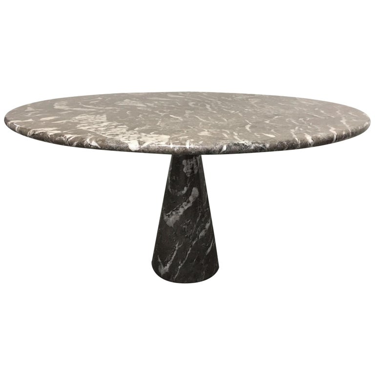 Angelo Mangiarotti circular marble table, 1970, offered by Les Illuminés Design