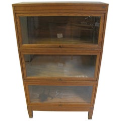 Globe Wernicke Oak Stacking Barrister Five Section Bookcase, circa 1920