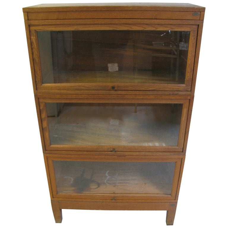Globe Wernicke Oak Stacking Barrister Five Section Bookcase, circa 1920 For Sale