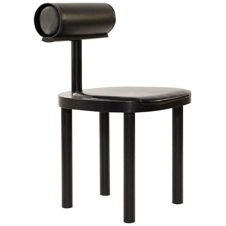 UNA Leather Upholstered Dining Chair in Black Stained Oak by Estudio Persona For Sale