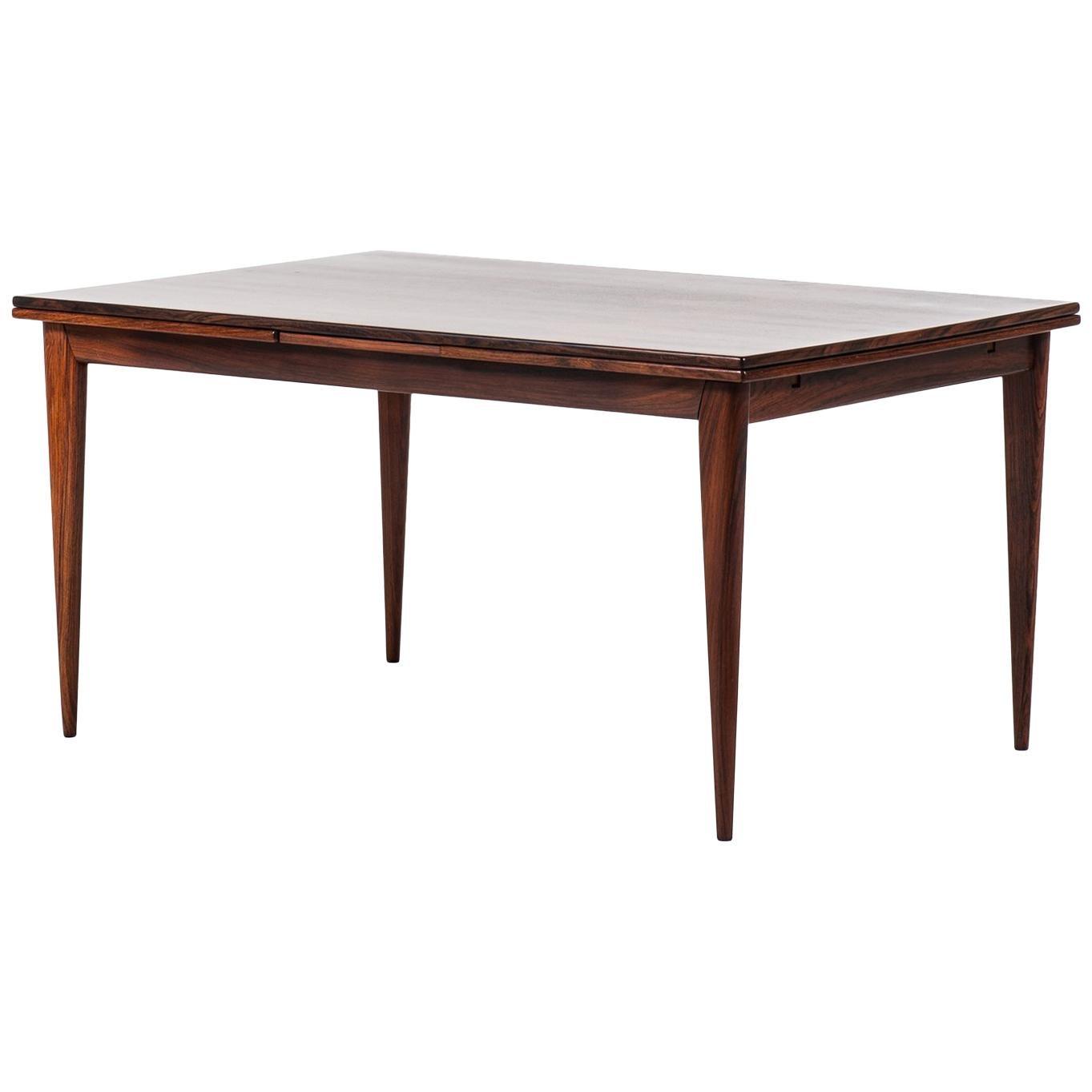 Niels O. Møller Dining Table Model 254 in Rosewood by J.L. Møllers Møbelfabrik