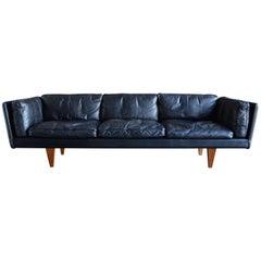 Original Black Leather Sofa by Illum Wikkelsø