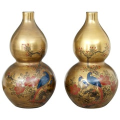 Pair of 1920s Chinese Republic Hand Decorated Porcelain Vases