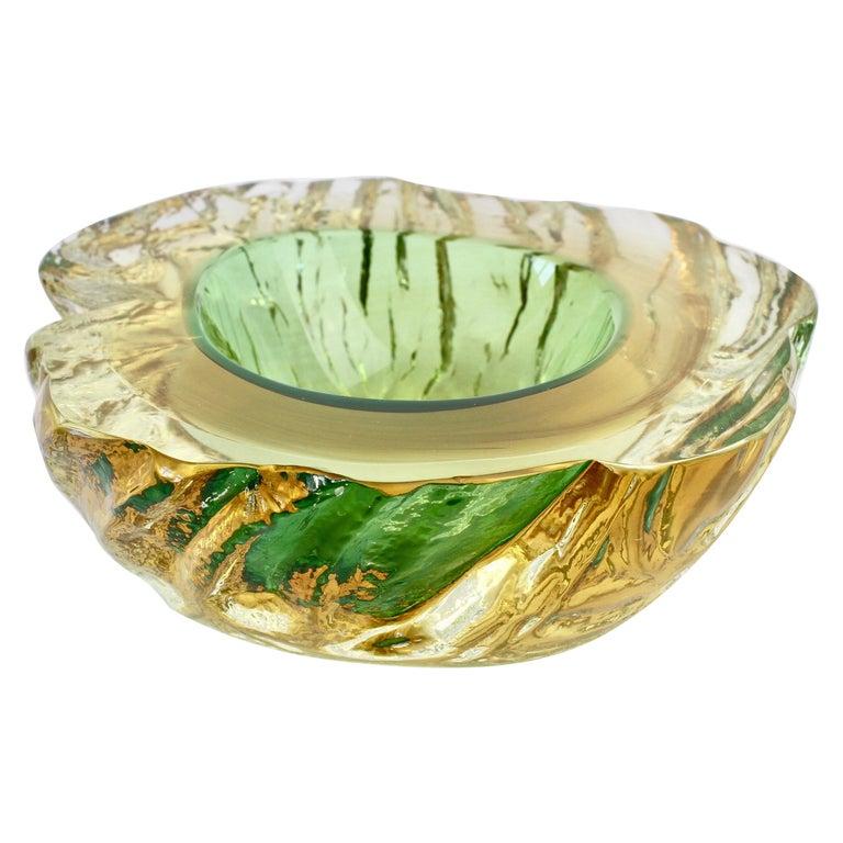 Maurizio Albarelli Attributed Italian Yellow & Green Textured Murano Glass Bowl For Sale
