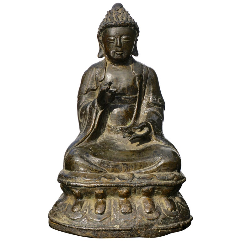 18th Century Chinese Qing Bronze Buddha Statue For Sale