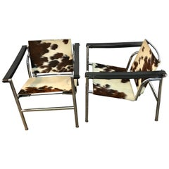 Pair of LC1 Sling Chairs in Cowhide, by Cassina