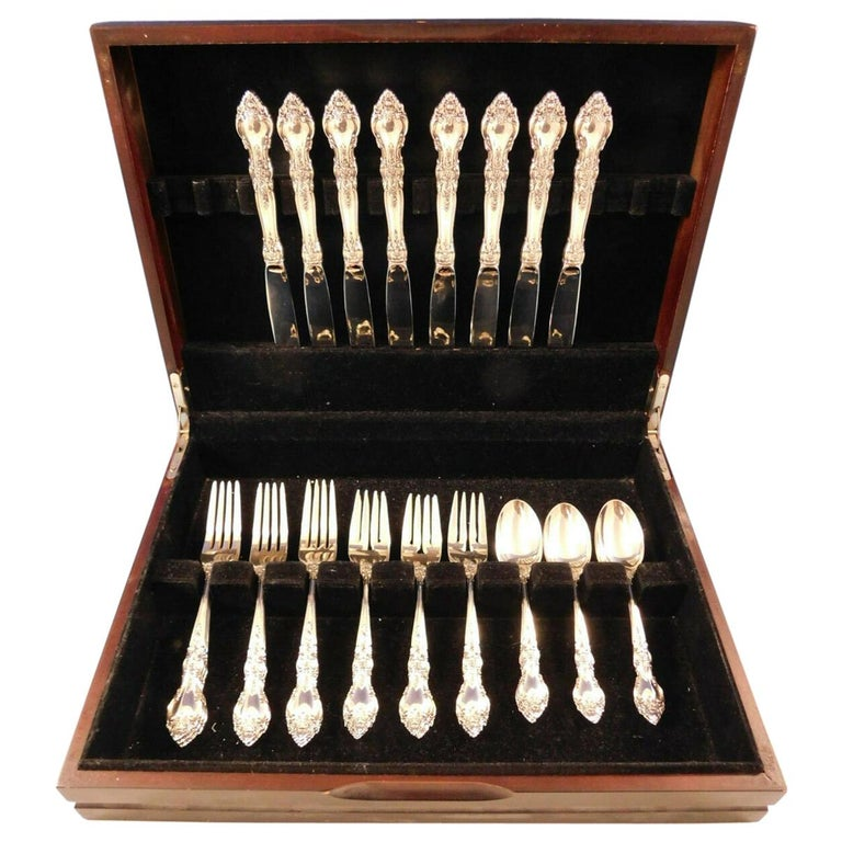 Belvedere by Lunt Sterling Silver Flatware Set for 8 Service 32 Pieces For Sale