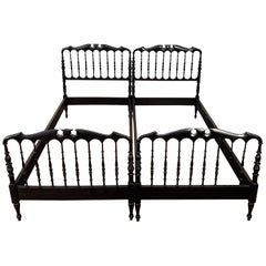 Pair of 1960s Italian Carved Wood Chiavari Single Twin Bed Frame
