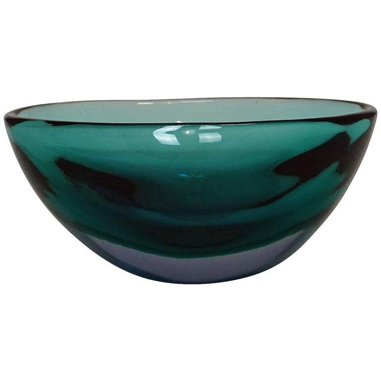 Flavio Poli for Seguso Vetri d'Arte Sommerso Bowl, circa 1960 For Sale
