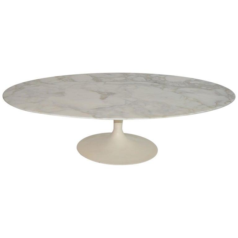 Eero Saarinen Oval Tulip Coffee Cocktail Table in Marble by Knoll