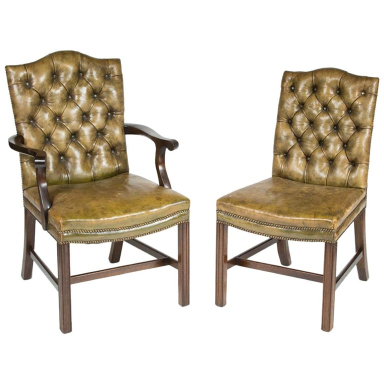8 Dining Chairs with Leather Button Backs, 2 Carvers and 6 Standard Chairs For Sale