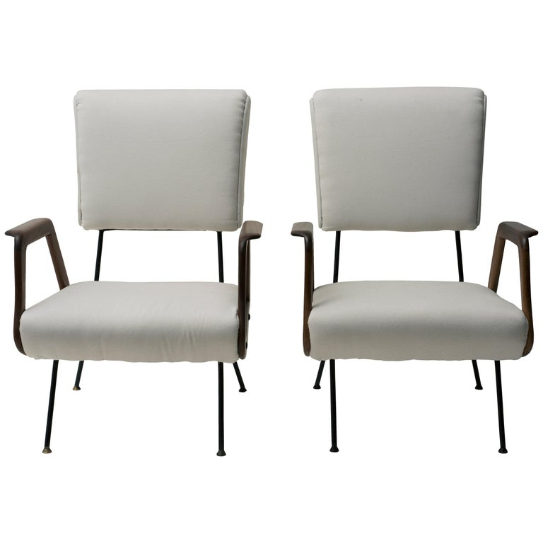 Pair of Vintage Armchairs Italian Production, 1950 For Sale