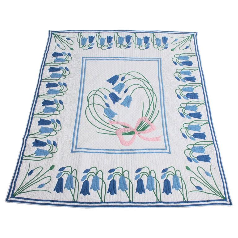 Antique Quilt, Applique Quilt, ll For Sale