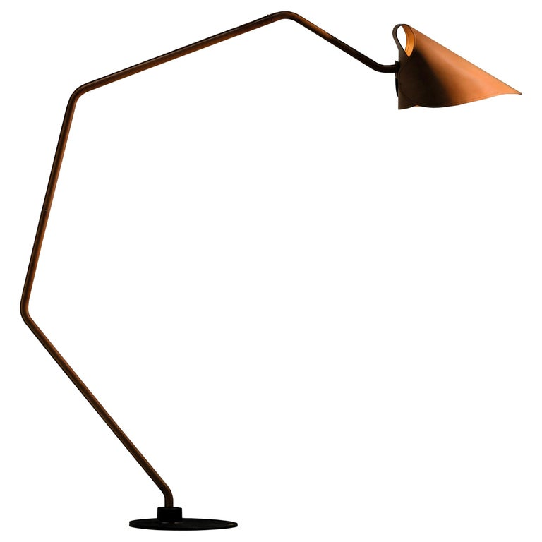 Jacco Maris Mrs. Q Floor Lamp in Full Leather & Natural Shade - 1stdibs New York For Sale