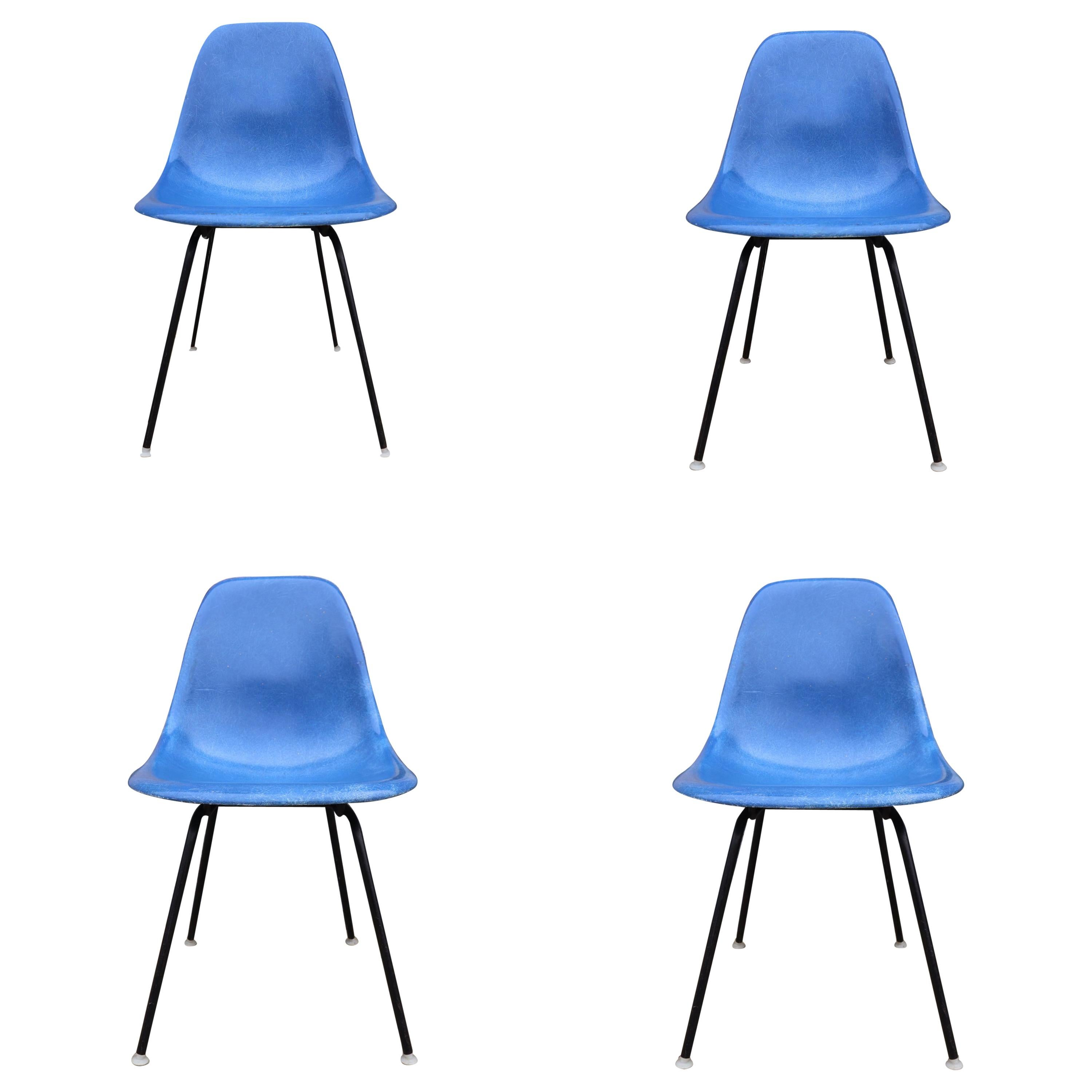 Set of 4 Herman Miller Eames Dining Chairs