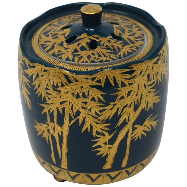 Japanese Pure Gold Blue Porcelain Incense Burner by Contemporary Master Artist For Sale