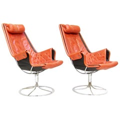 """Pair of Swedish 1960s """"Jetson"""" Lounge Chairs in Leather by Bruno Mathsson"""