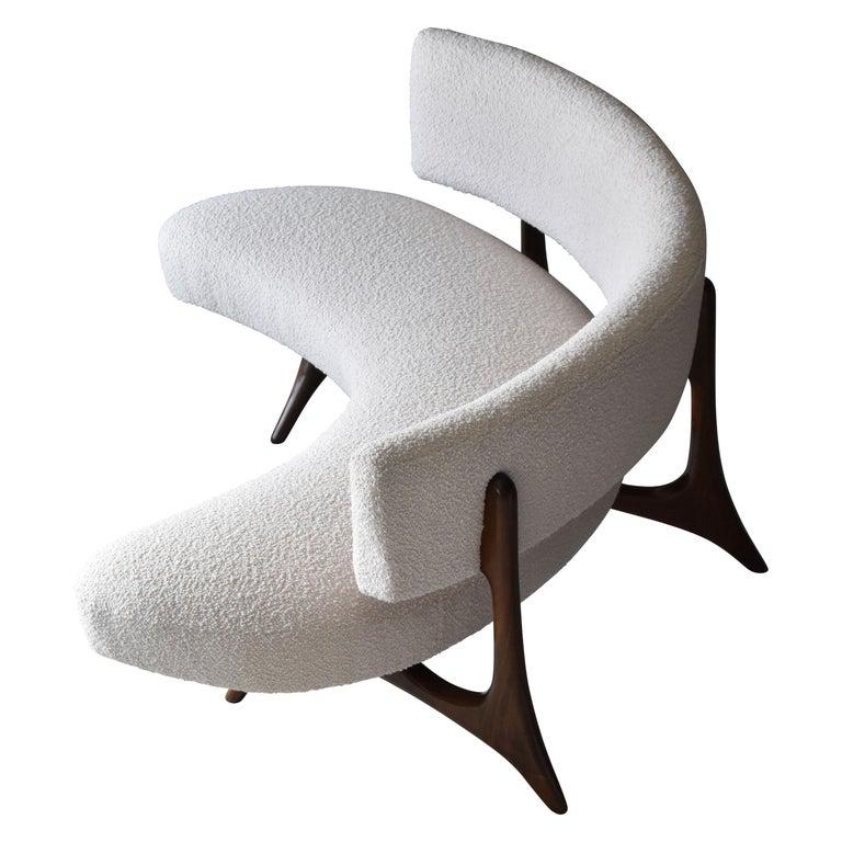 "Vladimir Kagan, ""Floating Curved Sofa"" Walnut, Bouclé, Studio, circa 1980 For Sale"