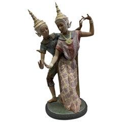 Handmade Porcelain Signed Lladro Thai Couple Dancing #2058, Spain