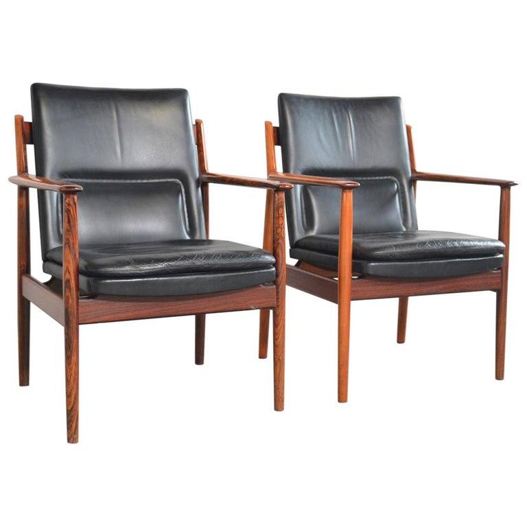 Arne Vodder Rosewood Armchairs Model 431 For Sale