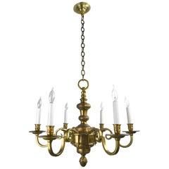 Neoklassische Cast sechs Kerzen Kronleuchter aus Messing