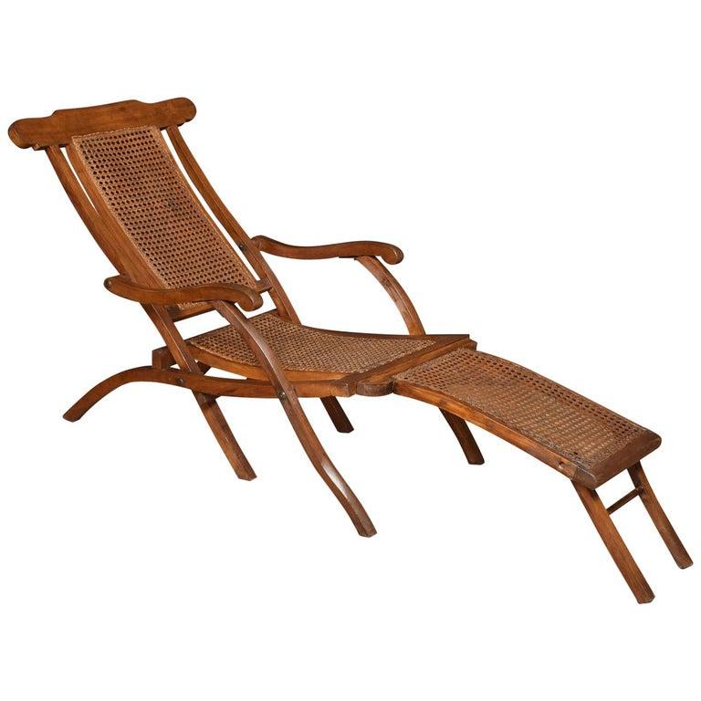 Walnut Framed Folding Steamer Deck Chair 1