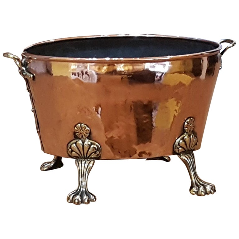Late 19th Century Continental Copper Log Basket For Sale
