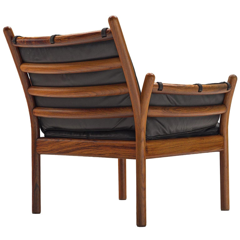 Illum Wikkelsø 'Genius' Chair in Rosewood and Black Leather For Sale
