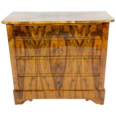 Early 19th Century Biedermeier Small Four-Drawer Walnut Commode