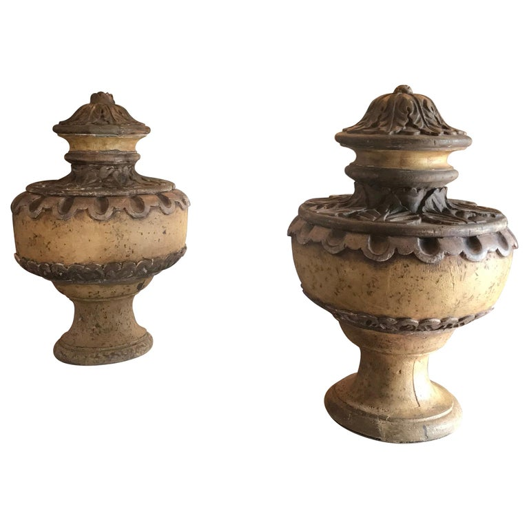 Pair of 18th Century Italian Baroque Style Decorated Wood Urn Finials For Sale