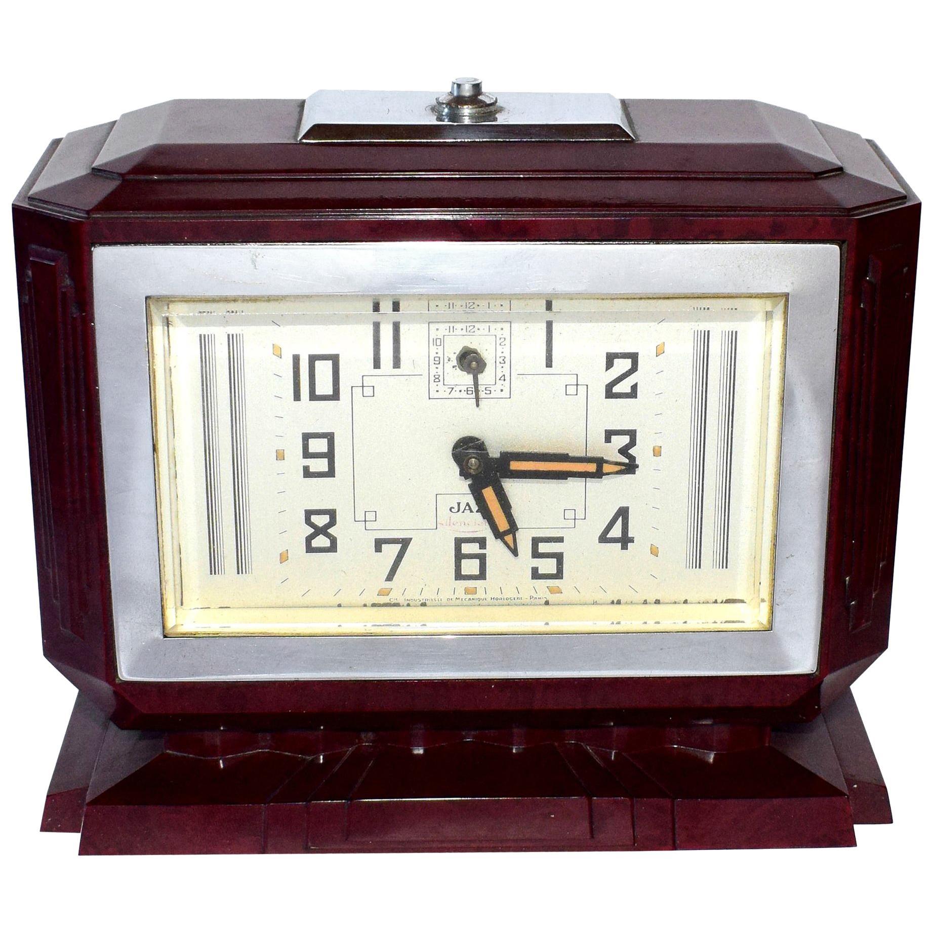 Large French Art Deco Bakelite Clock, circa 1935