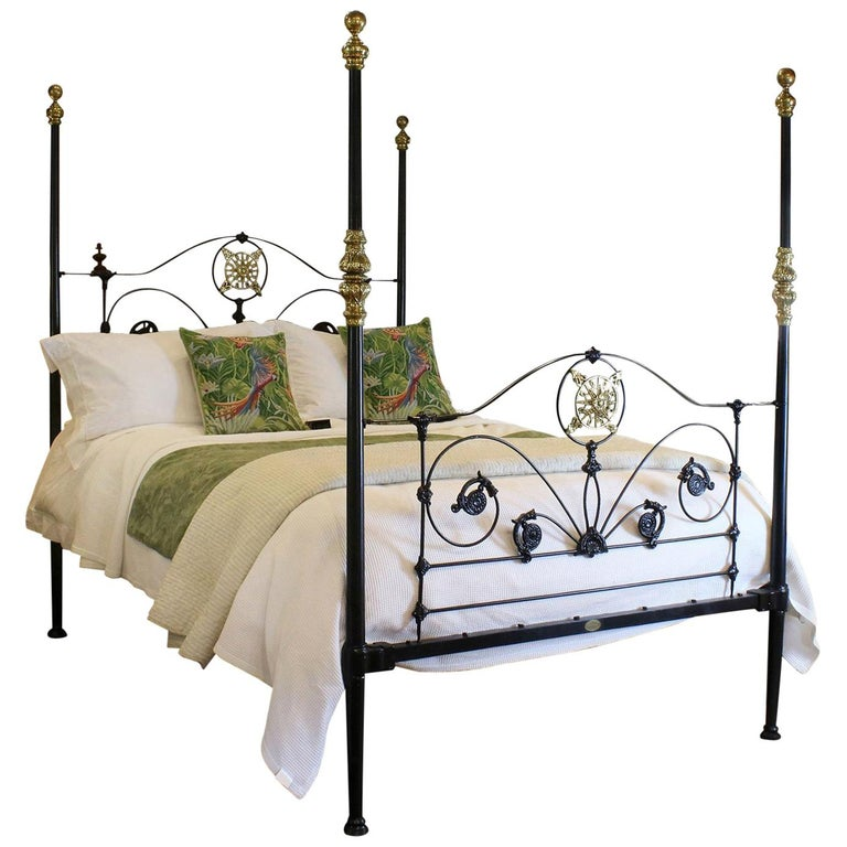 Four Poster Bed In Black M4p26 Im Angebot Bei 1stdibs
