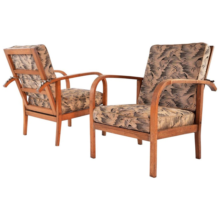 Pair of Modernist Wooden Armchairs by Jan Vaněk, Original Upholstery, circa 1935 For Sale
